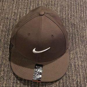 Nike Accessories - NWT Brown Nike True Adult Unisex Hat ac73bdbc03e